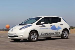 Nissan выпустил автомобиль с автопилотом